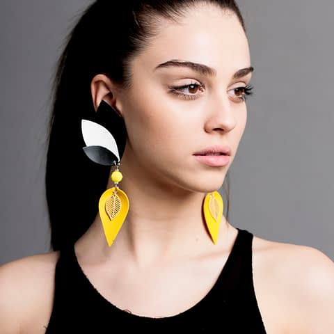 Boton De Oro Earrings By Roselinde