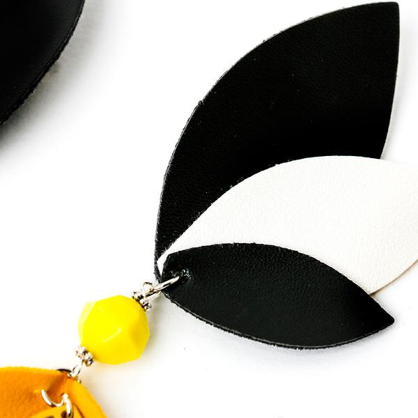 Boton De Oro Earrings By Roselinde